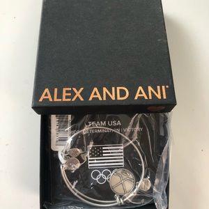 Hockey Alex & Ani